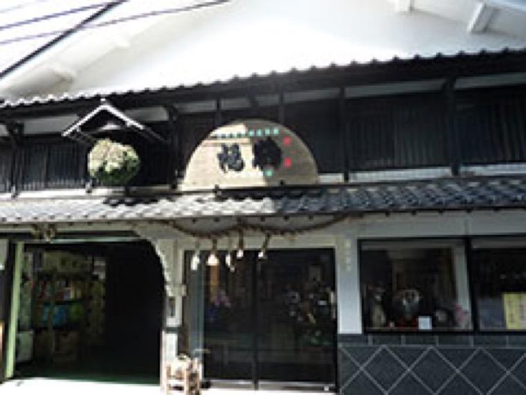 五島つばき茶葉と未熟ミカンを用いたリキュールの商品開発